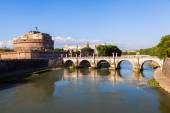 View of the Castel Sant Angelo and the Ponte Sant Angelo over the Tiber in Rome, Italy — Stock Photo
