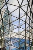 Vy innifrån av köpcentret Myzeil i Frankfurt am Main, Tyskland, designad av Massimiliano Fuksas — Stockfoto