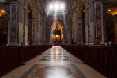Inside view of the St Peters Basilica in Vatican City — Stok fotoğraf