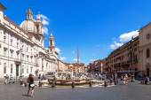 Fountain on the Piazza Navona in Rome, Italy — Stock Photo