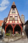 Picturesque timber frame house in the medieval town Rothenburg ob der Tauber — Stock Photo