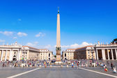St Peters Square n Vatican City — Stock Photo