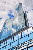 Deutsche Bank Twin Towers in Frankfurt am Main, Germany — Stock Photo