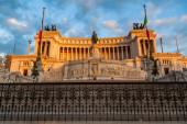 Vittoriano memorial in Rome, Italy, at evening light — Stock Photo