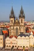 Tyn Church at the Old Town Square in Prague, Czechia — Foto de Stock