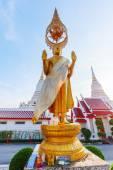 Bouddha d'or à Wat Phichaiyat Worawihan à Bangkok, Thaïlande — Photo