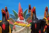 Sculptures of artistic cocks in Ayutthaya, Thailand — Zdjęcie stockowe