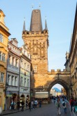 Medieval bridge tower on the Charles Bridge in Prague, Czechia — 图库照片