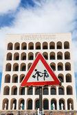 Palazzo della Civilta del Lavoro v Římě, Itálie — Stock fotografie