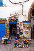 Souvenir shop in the old town of Essaouira, Morocco — Stock Photo