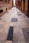 Alley in the old town of Valencia, Spain — ストック写真
