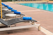 Welcome Daybeds by swimming pool — Foto de Stock