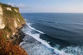 Seascape, Cliff and ocean in Uluwatu, Bali Island — Stock Photo
