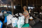 Natural sea salt cottage industry, Bali Island — Foto de Stock