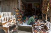 Traditional handicraft shop in Bali Island — Stock Photo