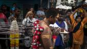 Thaipusam rituals — Stock Photo