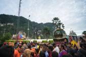 Thaipusam festival at Batu Caves, Malaysia — Stock Photo