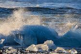 Glacier ice lagoon in Jokullsarlon, Iceland — Stock Photo