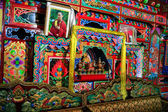 Oct 23, 2006 - Sichuan, China: Prayar altar and decorations in a — Stock Photo