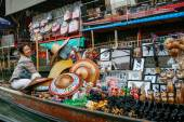 Market on the water canals of Bangkok, Thailand. — Stock Photo