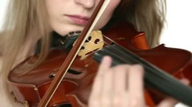 Caucasian violinist girl on a white background. — Stock Video