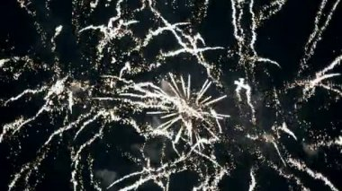 Firework focus to defocus bokeh background — Stock Video