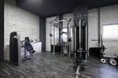 Gym interieur met apparatuur — Stockfoto