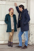 Joli couple flirter — Photo