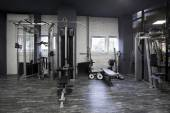 Weight machines in a gym — Stock Photo