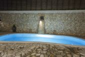 Private swimming pool at night — Stockfoto