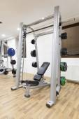 Incline weight bench in gym — Stock Photo