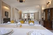 Interior of a luxury restaurant — Stock Photo