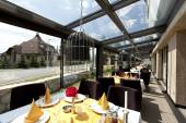 Modern restaurant interior — Stock Photo