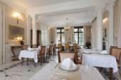 Dining room in a fancy hotel — Stok fotoğraf