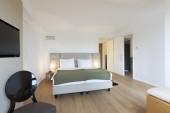 современные спальни интерьер — Стоковое фото