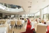 Bright restaurant interior — Fotografia Stock