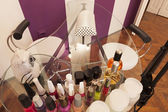 Manicure table at beauty parlour — Stock Photo
