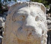 Antique sculpture of lion — ストック写真