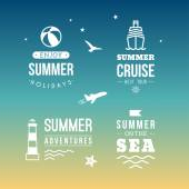 Summer Holidays Design Elements. Retro and Vintage Templates for Labels, Badges, Logotypes — Stock Vector