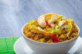 Chicken curry rice with crispy chinese omellete — Stock Photo