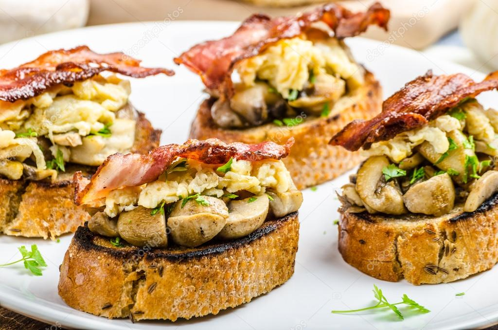 Rustic breakfast - bread toast, mushrooms, eggs — Stock Photo ...