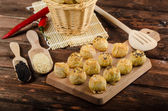 Cheesy Bites with garlic and blue cheese — Stock Photo