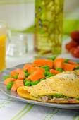 Ham and cheese omelette , healthy vegetable — Stock Photo