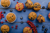 Homemade healthy muffins with fruit — Stock Photo