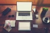 Stół nowoczesny biznesmen z styl akcesoria — Zdjęcie stockowe