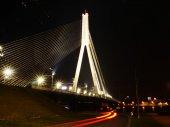 The night scene of the Vansu bridge over river — Stock Photo
