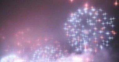 Blurred fairy lights from fireworks background. — ストックビデオ