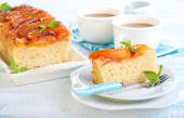 Peach upside down cake — Stock Photo