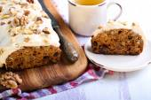 Date and nut cake — Stock Photo