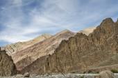 Majestic jagged Himalayan mountains — Stock Photo